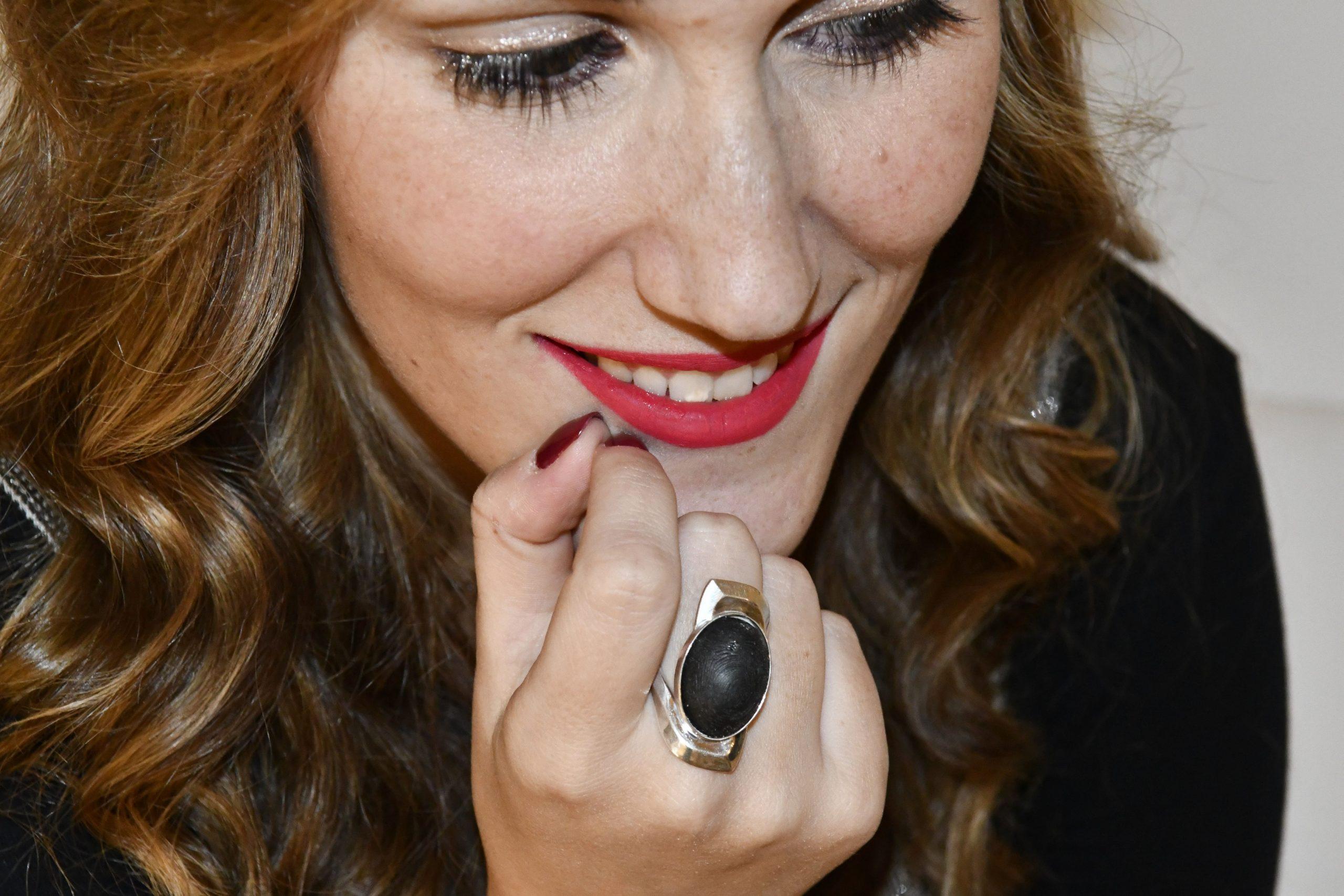 kaspersky biometria tecnolaura autenticazione anello laura fasano