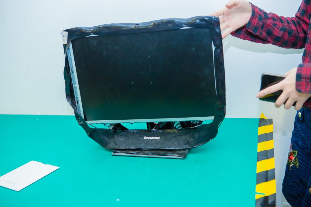 tecnolaura Lenovo reliability lab headquarter cina computer