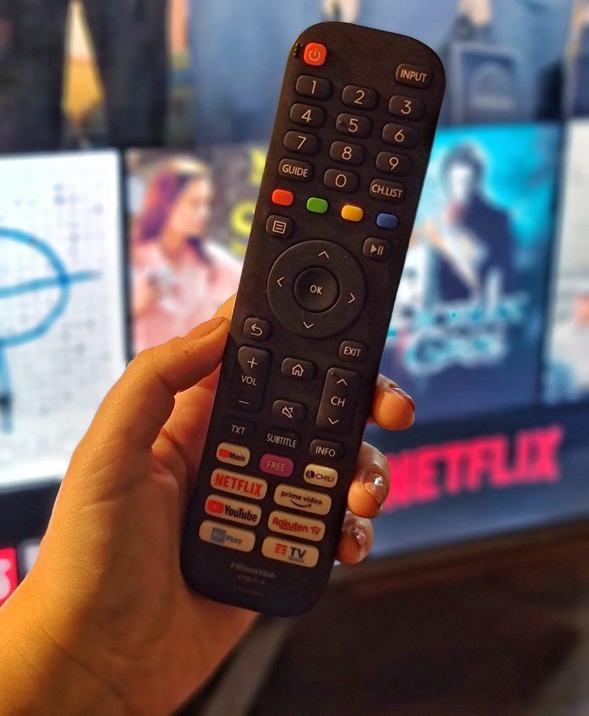 hisense smart tv tecnologia netflix amazon vidaa benessere tecnologico laura fasano tecnolaura telecomando accesso diretto
